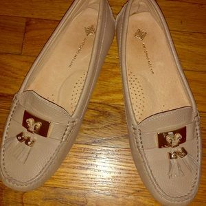Pair of leather loafers 61/2 excellent condition
